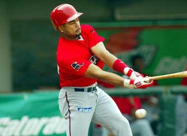 Sancionan al beisbolista Rubén Rivera por dopaje